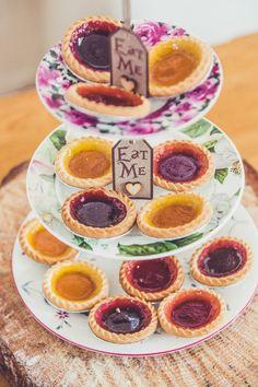 Eat Me Cakes Tarts Pink & Blue Alice in Wonderland Wedding http://www.clairepenn.com/