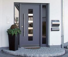 House Entrance, Tall Cabinet Storage, Cool Pictures, Porch, Garage Doors, Nice, Outdoor Decor, Sauna, Design