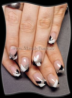 don't want fake nails, but whenever mine get long again... I shall consider this