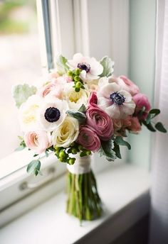 best summer wedding bouquets for all brides