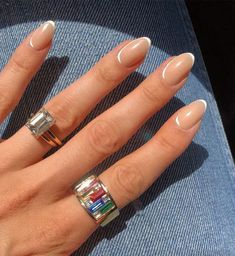 Hello Fashion Blog, Finger, Nagellack Trends, Almond Shape Nails, Almond Nail Art, Almond Gel Nails, Long Almond Nails, Cute Almond Nails, Almond Nails Designs