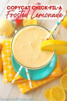 This fresh Frosted Lemonade recipe is one of our favorite summer recipes! Made with just a few simple ingredients creamy Frosted Lemonade is perfect on a hot day and will save you a trip to the drive-thru!    Delightful E Made Bar Drinks, Cocktail Drinks, Beverages, Cocktails, Summer Grilling Recipes, Summer Recipes, Fruit Tea, Few Ingredients, Copycat Recipes
