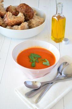 Tomatensoep - homemade Italian Tomatosoup with roasted tomatos