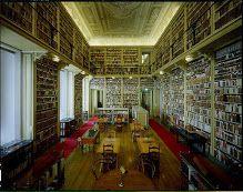 A Biblioteca da Ajuda é uma das mais antigas Bibliotecas de Portugal caracterizando-se, pela natureza e riqueza dos seus fundos, como uma Bi...