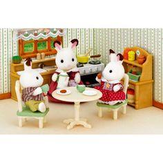 Tout l'ameublement pour confectionner une jolie cuisine pour les familles Sylvanian et préparer de bons petits plats à leurs amis. Pour s'inventer de belles histoires et développer l'imaginaire de vos enfants.