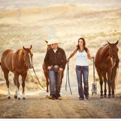 Family photo..would love love love a picture with horses!