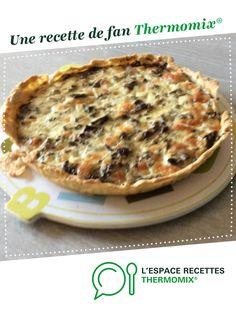 Tarte aux champignons et à la mozarella par Cat96. Une recette de fan à retrouver dans la catégorie Tartes et tourtes salées, pizzas sur www.espace-recettes.fr, de Thermomix<sup>®</sup>.