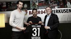 Bayer Leverkusen bergerak sangat cepat pada bursa transfer pemain Liga Jerman awal musim 2016-2017 ini. Sejumlah pemain sudah resmi dibeli dan bergabung ke BayArena untuk menambah kekuatan Leverkus…