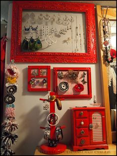 Red-Accessory-Holders by Cara.Mia, via Flickr