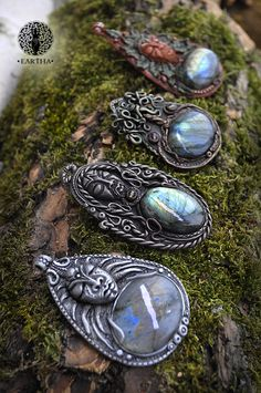 #goddess #fairytale #tree #treeoflife #moon #moonlight  #magic #magical #night #greenman #celtic #viking #face #medieval #labradorite #glassbeads #polymerclay #jewelry #handmade #ooak #unique #pendant #sculpture #gemstone