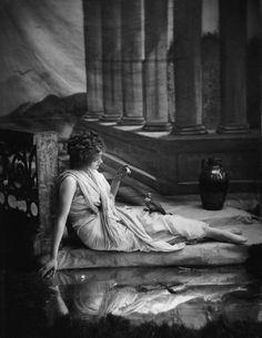 Cyllene Moxon by Bassano, 1910. #Edwardian #vintage #fashion