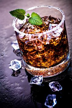 Rum Julep... this just looks so pretty to me haha