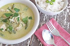 How to make Thai green curry paste