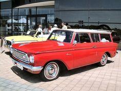 """love those """"vintage"""" cars.... ;)"""