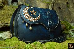 Gorgeous purse!! I am hoping to be able to purchase one in a few years!! ♡♡