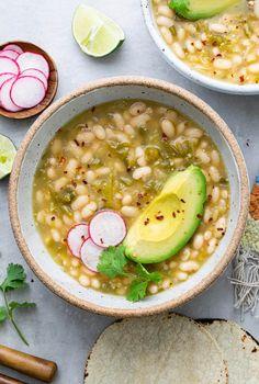 Veggie Recipes, Mexican Food Recipes, Soup Recipes, Vegetarian Recipes, Cooking Recipes, Beans Recipes, Recipe Using Tomatillos, Tomatillo Recipes, White Bean Recipes
