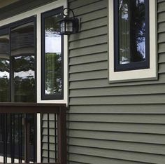Pinning this for exterior painted siding color scheme - notice dark windows, too Mastic Vinyl Siding, Vinyl Siding Colors, Siding Colors For Houses, Exterior Siding Colors, Exterior Color Schemes, Exterior Cladding, House Paint Exterior, Siding For Homes, Certainteed Siding