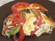 Dovlecei cu roşii şi mozzarella la cuptor Mozzarella, Eggs, Meat, Chicken, Lunch Ideas, Cooking, Breakfast, Food, Beef