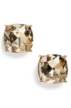 These shiny gold stud earrings are perfect for everyday wear.