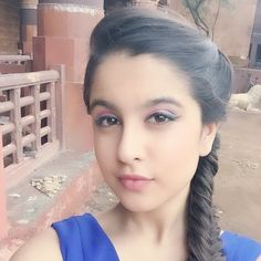 Tunisha Sharma Rare and Unseen Images, Pictures, Photos & Hot HD Wallpapers Desi Girl Image, Cute Girl Photo, Beautiful Girl Photo, Beautiful Girl Indian, Beautiful Girl Image, Girls Image, Beautiful Women, Stylish Girls Photos, Stylish Girl Pic