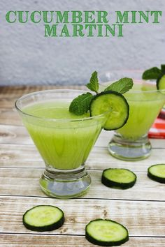 Yum! This cucumber mint martini looks amazing! It's the perfect spring cocktail, I'm totally bookmarking it as one of my must make cocktail recipes! #cocktailrecipes
