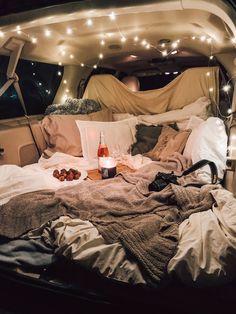 Sleepover Room, Fun Sleepover Ideas, Romantic Date Night Ideas, Romantic Dates, Romantic Surprise, Summer Goals, Summer Fun, Men Summer, Car Dates