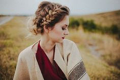 gorgeous hair style, would be the perfect updo for a...