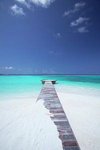 jetty leading to ocean, maldives – the beach – … Anlegesteg zum Meer, Malediven – der Strand – Beautiful Islands, Beautiful Beaches, Dream Vacations, Vacation Spots, Oh The Places You'll Go, Places To Travel, Belle Photo, Scenery, Ocean Beach