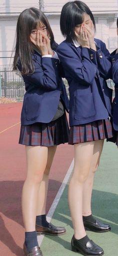School Girl Japan, Japanese School Uniform Girl, Japanese Uniform, High School Girls, Japan Girl, Boys Underwear, Asia Girl, School Fashion, Beautiful Legs