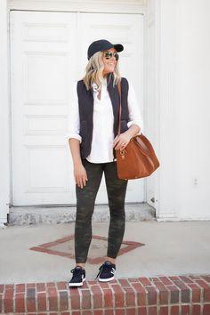 6 Ways To Wear Spanx Camo Leggings Camo Leggings Outfit, Leggings Fashion, Mom Outfits, Casual Outfits, Casual Mom Style, Fashion Capsule, Fall Winter Outfits, Winter Style, Spanx