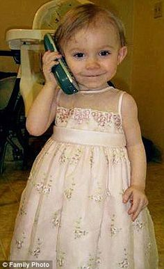 beautiful lil angel died a slow death by her evil parents in sandy, Oregon in Not far from me. This baby girl has touched my heart.praying for a stop to child abuse cps.is failing lil kids like lexie. Murder Stories, True Stories, Justifiable Homicide, Innocence Lost, Forensic Psychology, Real Monsters, Evil People, Cold Case, Precious Children