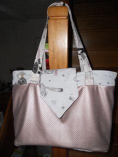 Sac Madison en simili cuir ajouré et coton imprimé cousu par Emilie B. - Patron de couture Sacôtin