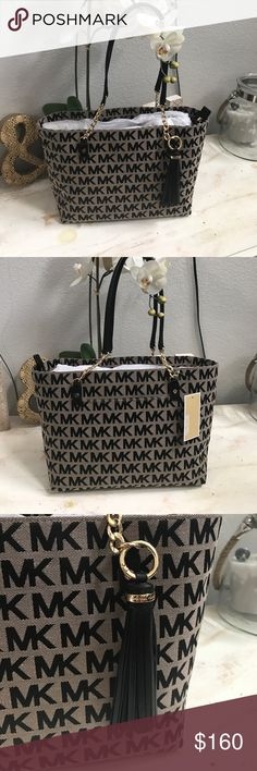 "✨NWT Jet set mk bag ✨ Brand new with tags mk jet set bag with removable leather tassel and gold linked chain accent on handles has pocket on the back and 5 pockets on the interior. Also has zipper pocket up top to close bag. Approx measurements are L14""xH9.5""5.5"" make me an offer ! Bag not included in bundle discount but price is negotiable Michael Kors Bags Totes"