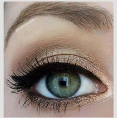 "I really want this simple winged eyeliner to be my ""look"" in high school ."