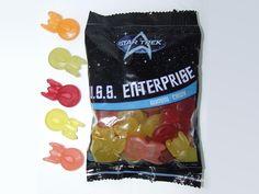 Gummies shaped like the Enterprise. WANTWANTWANT!