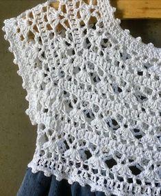 Crochet Yoke, Crochet Vest Pattern, Baby Knitting Patterns, Crochet Stitches, Crochet Patterns, Crochet Toddler, Crochet Girls, Crochet Baby Clothes, Crochet Woman