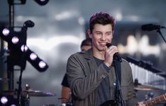 Shawn Mendes= perfection,gorgeousness,the best person ever!!!