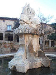 Fuente de la Plaza del Ayuntamiento. Siglo XVIII
