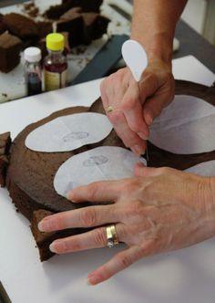 My Owl Barn: DIY: Two In One Owl Cake