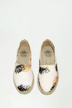 miss hamptons,pineapple print, espadrilles, alpargatas, spring summer, summer shoes,