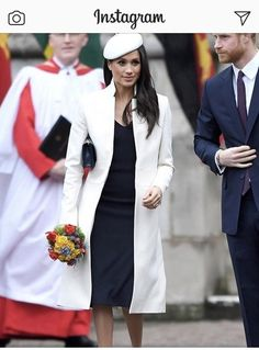 Is Meghan Markle one of your style icons? Recreate the look. #repost #makeitplus #recreatethelook #styleicon
