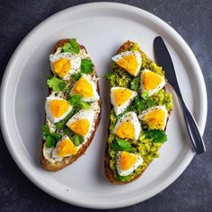 toast: homemade artisan bread toasted and topped with majesticgarlic hummus + cilantro + boiled eggs + salt & pepper. The other has mashed avo + cilantro + boiled eggs + olive oil + salt & pepper. Healthy Breakfast Recipes, Healthy Snacks, Healthy Eating, Healthy Recipes, Diet Recipes, Vegetarian Recipes, Salmon Recipes, Potato Recipes, Pasta Recipes