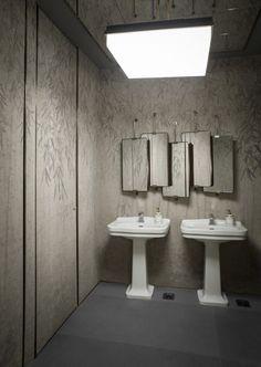 ph. Silvia Rivoltella Luxury Interior Design, Bathroom Interior Design, Best Interior, Interior Styling, Bathroom Designs, Restaurant Pictures, Public Bathrooms, Ideas Para Organizar, Interiors Magazine