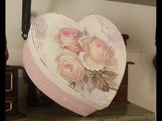 Caja romántica en decoupage