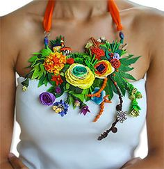 Veruschka Stevens' bounty necklace from polymer clay...You know, it's a bit much, but I could pull this off....yes I could....