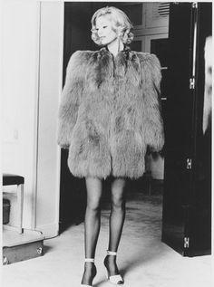 Yves Saint Laurent 1971, la collection du scandale à la fondation Pierre Bergé
