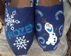 Hand Painted Frozen Toms by MorgsCreations on Etsy Painted Canvas Shoes, Painted Toms, Hand Painted Shoes, Painted Sneakers, Disney Shoes, Disney Vans, Disney Clothes, Toms Shoes Outlet, Kids Toms