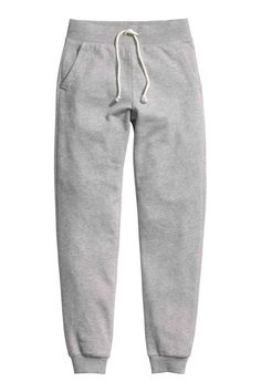 Soft trousers in sweatshirt fabric with an elasticated drawstring waist, side pockets and ribbed hems. Nike Outfits, Sport Outfits, Fashion Outfits, Cute Pants, Jogger Pants, Sweat Pants, Joggers Womens, Swag Style, Long Pants