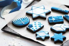 Hanukkah Cookies from Leite's Culinaria. http://punchfork.com/recipe/Hanukkah-Cookies-Leites-Culinaria