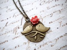 Bird Charm Necklace Sparrow Bird Necklace por elinacreations, $15.00